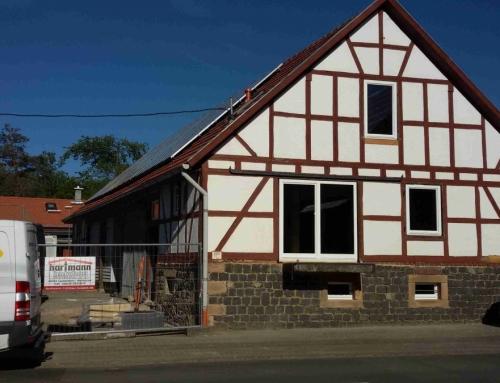 17.05.2019: Fenster, Schornsteine und Elektro-Installation